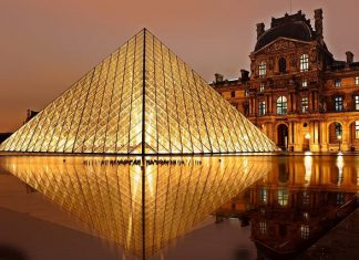 louvre à paris